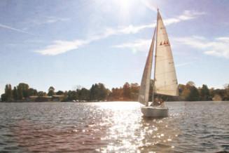 Segeln lernen, Segelschein/Bootsführerschein machen  – Schiffsmeister Berlin Segelschule und Bootsfahrschule